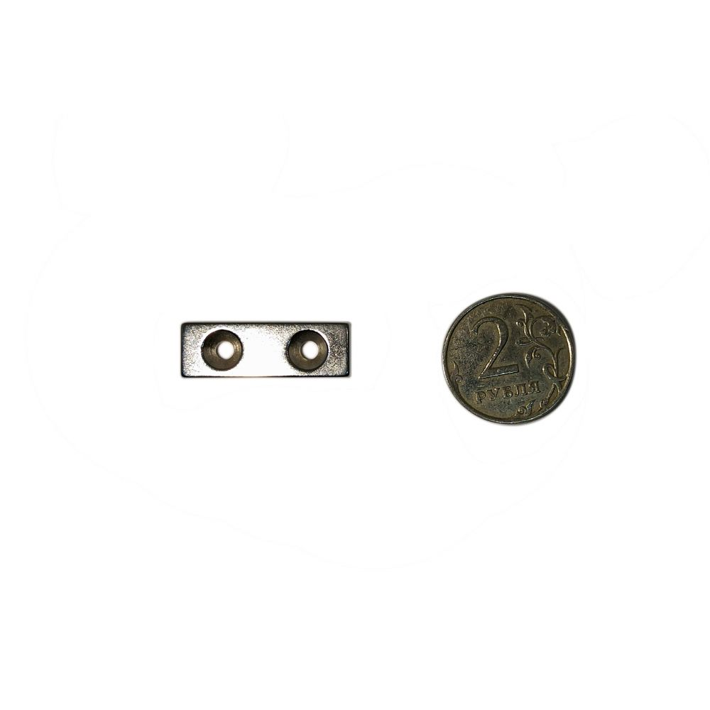 Неодимовый магнит 30х10х3 с отверстием с зенковкой 3,2/6,5 мм.